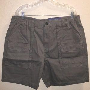 NWT Mens Croft & Barrow Cargo Shorts Size 40